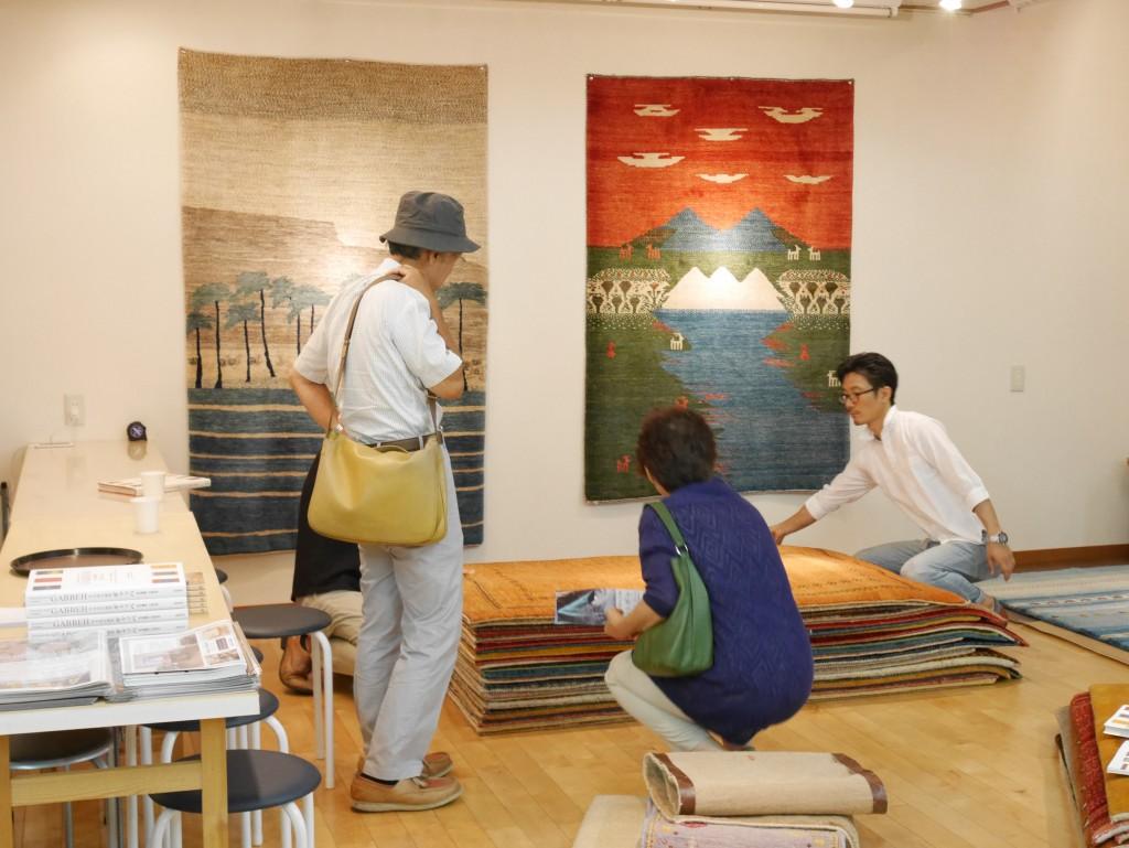 【千葉 松戸】初日からたくさんのご来店ありがとうございます! アートギャッベ展 in 松戸