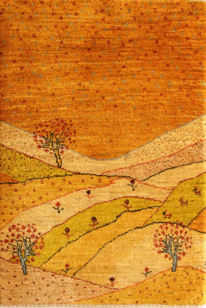 黄色い風景画びギャッベ