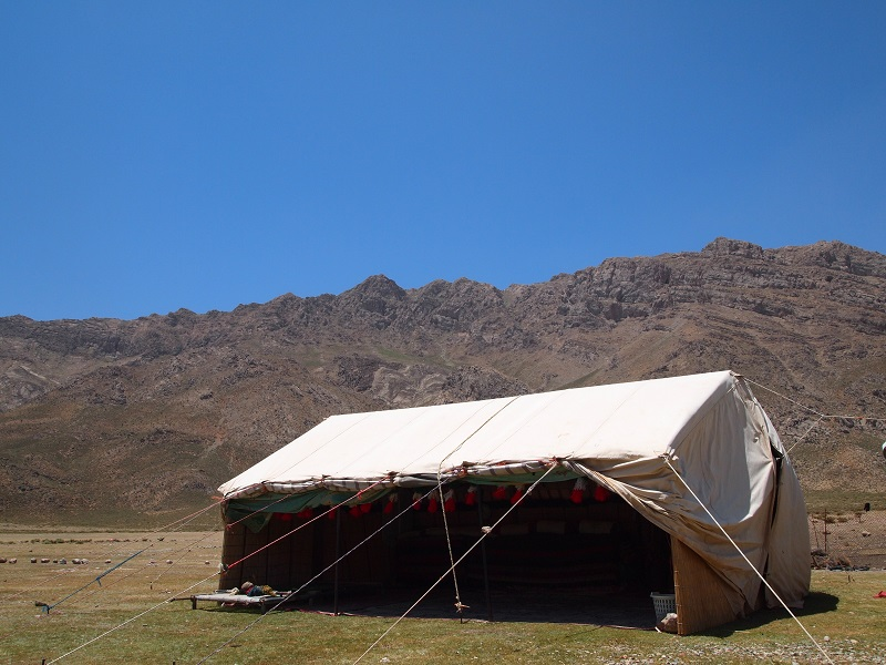 遊牧民の黒テント